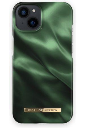IDEAL OF SWEDEN Telefoon - Fashion Case iPhone 13 Emerald Satin
