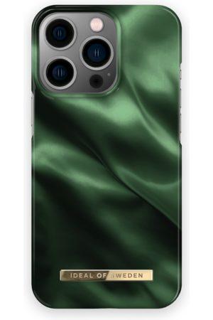 IDEAL OF SWEDEN Telefoon - Fashion Case iPhone 13 Pro Emerald Satin