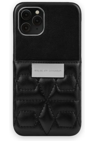 IDEAL OF SWEDEN Telefoon - Statement Case iPhone 11 Pro Quilted Black - Mini Pocket