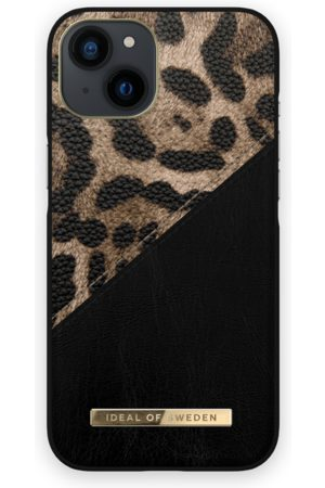 IDEAL OF SWEDEN Telefoon - Atelier Case iPhone 13 Midnight Leoprd